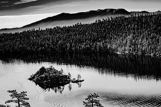 Emerald Bay VI by Steven Ainsworth