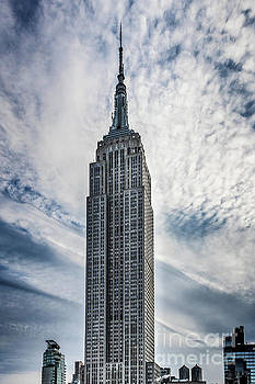 Empire State Building by Thomas Marchessault