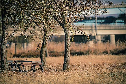Emptiness by Hyuntae Kim