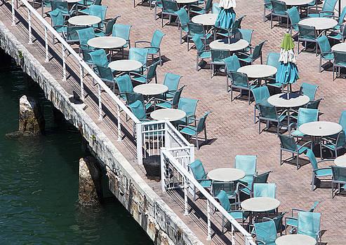 Ramunas Bruzas - Empty Cafe