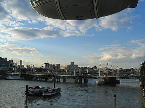 Yvonne Ayoub - England London Eye