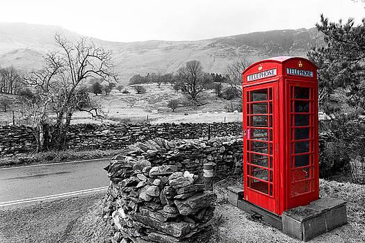 English phone box by Paul Cowan