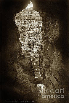 California Views Mr Pat Hathaway Archives - Entrance to the cave of the winds. No. 414 Circa 1880