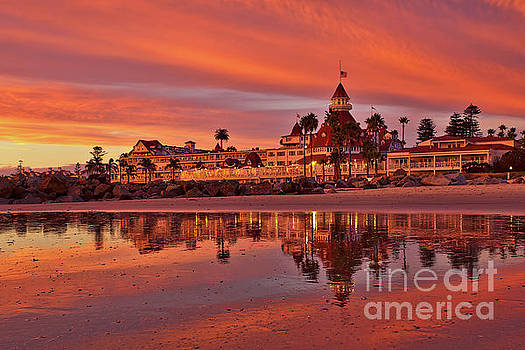 Epic sunset at the Hotel del Coronado by Sam Antonio Photography