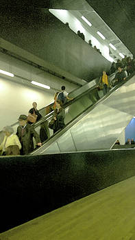Escalator Tate Modern by Anne Kotan