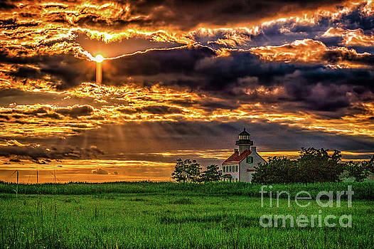 Eveing Sky at East Pont Lighthouse by Nick Zelinsky