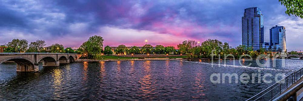 Nick Zelinsky - Evening in Grand Rapids