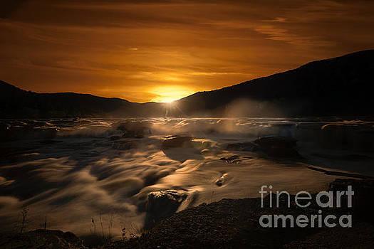 Dan Friend - Evening sunset at Sandstone Falls
