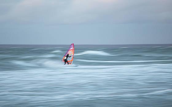 Evening Surf by Holger Nimtz