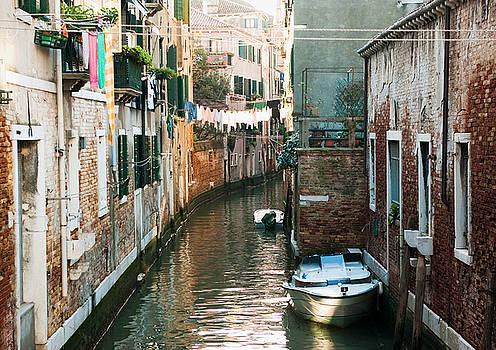 Everyday Venice by Victoria Savostianova