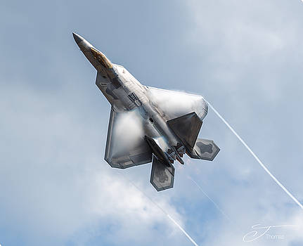 F 22 Raptor by J Thomas
