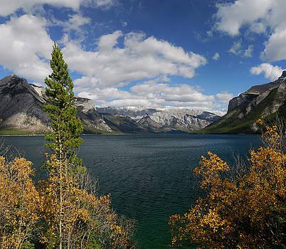 Reimar Gaertner - Fairholme and Palliser Ranges from Lake Minnewanka in Banff Nati
