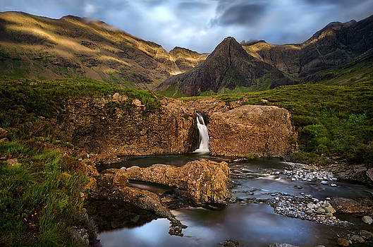 Fairy Pools sunset by Swen Stroop