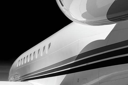 Falcon Lines  - 2018 Christopher Buff, www.Aviationbuff.com by Chris Buff