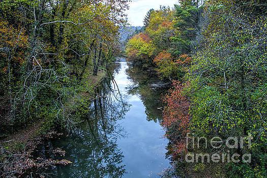 Barbara Bowen - Fall Colors along the Tallulah River