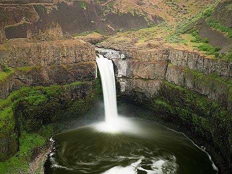 Falling Water in Eastern Washington by Robert Cross