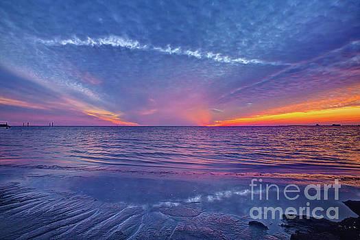Fallstreak Sunset by Joan McCool
