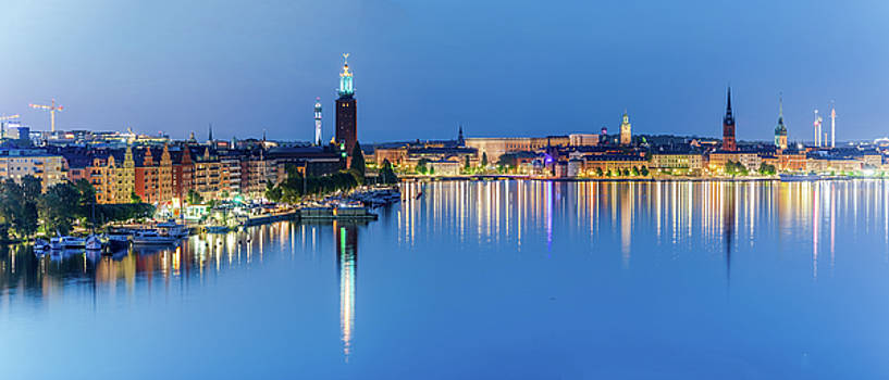 Fantastic Stockholm and Gamla Stan reflection from a distant bridge by Dejan Kostic