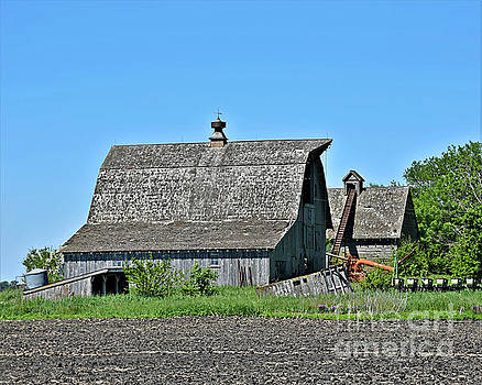 Farm Buildings And Equipment by Kathy M Krause
