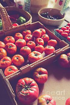 Edward Fielding - Farm fresh tomatoes at a farm stand