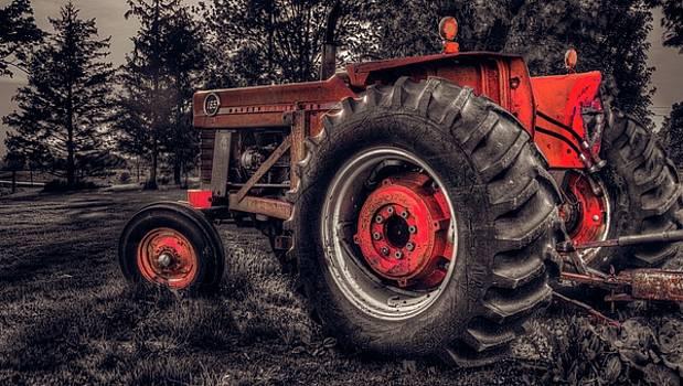 Garvin Hunter - Farm Tractor