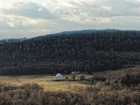 Chris Honeyman - Farmstead, Morgan County, West Virginia 2016