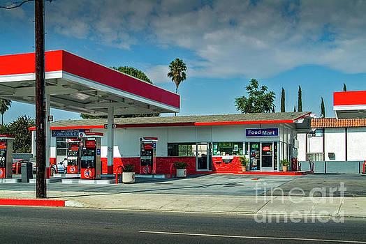 David Zanzinger - Fast Food Gas Station