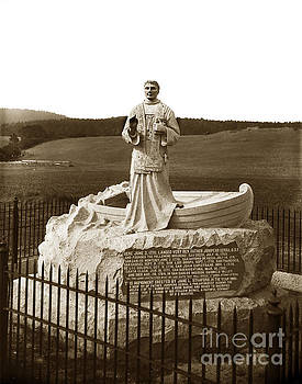 California Views Archives Mr Pat Hathaway Archives - Father Junipero  Serra, Granite monument. Monterey Presidio 1891