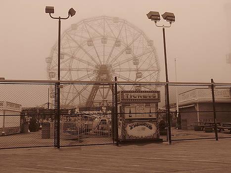 Ferris Wheel by Peter Aiello