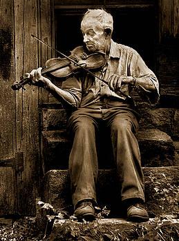 Fiddler On The Stoop by JDon Cook