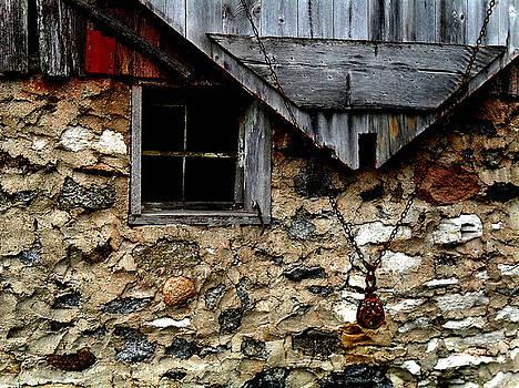 Field Stone Barn by Julie Hamilton