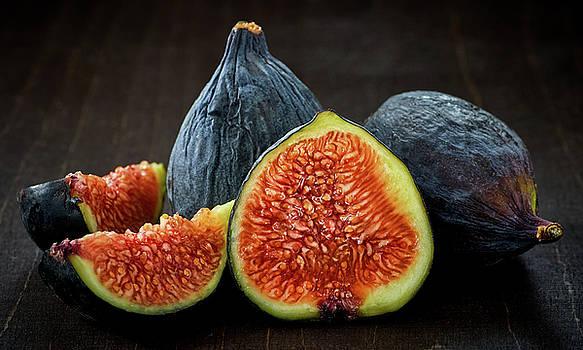 Figs by Slava Shamanoff