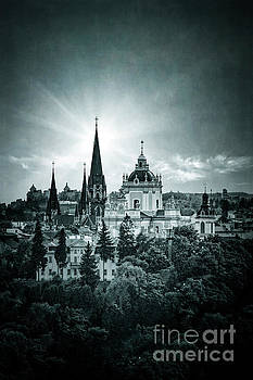Finding Faith by Evelina Kremsdorf