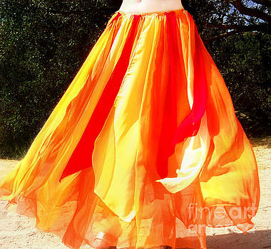 Sofia Metal Queen - Fire color skirt - Ameynra belly dance fashion 2