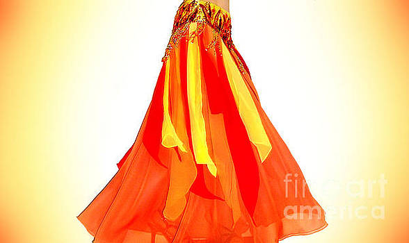 Sofia Metal Queen - Fire color skirt - Ameynra belly dance fashion 3