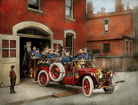 Mike Savad - Fire Truck - The flying squadron 1911