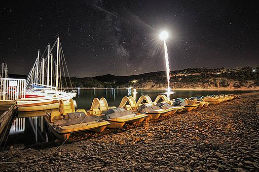 Fireworks and Milkyway by Baptiste De Izarra