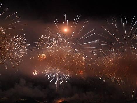 Fireworks by Cesar  Vieira