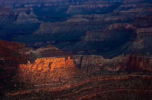Steve Gadomski - First Light Over Yavapai Point  Grand Canyon