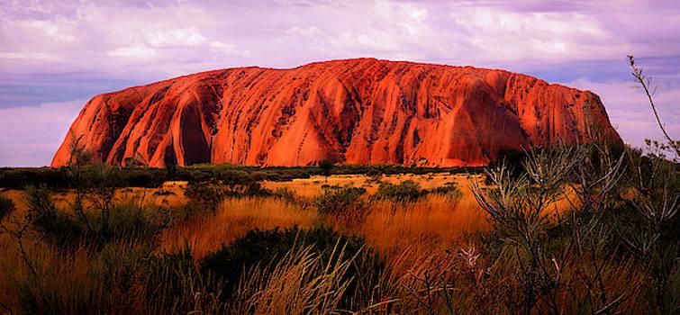 Lexa Harpell - First Light - Uluru, Australia
