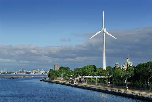 Reimar Gaertner - First North American urban wind turbine in Toronto at Exhibition
