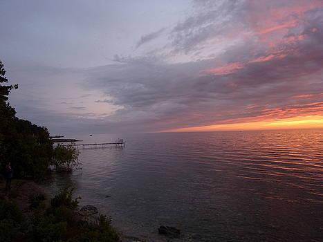 Fish Creek Sunset by Sue Midlock