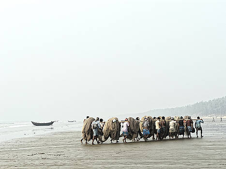 Chris Honeyman - Fishermen at Digha, West Bengal 2010