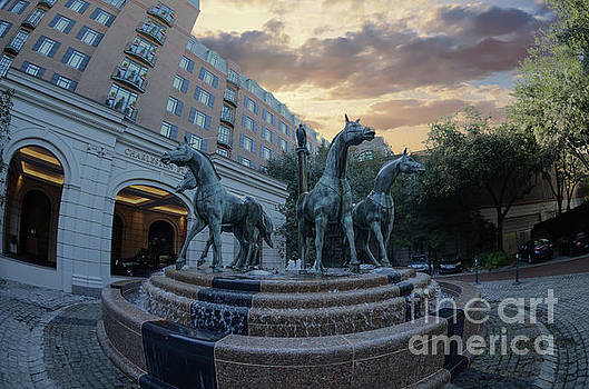 Dale Powell - Fisheye View of the Quadriga Horse Fountain