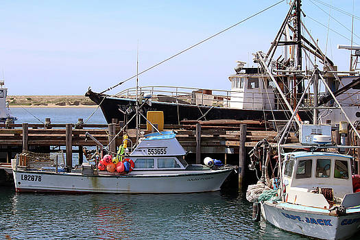 Art Block Collections - Fishing Boats at the T-Pier