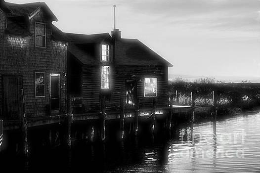 Matthew Winn - Fishtown in the Dark