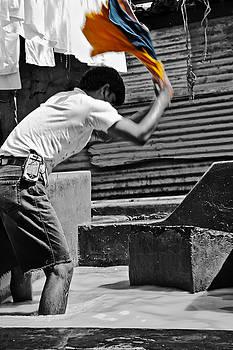 Kantilal Patel - Flash of color at Dhobhi Ghat
