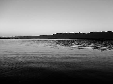 Robert Meyers-Lussier - Flathead Lake Monochromatic