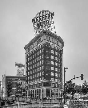 Reid Callaway - Western Auto Lofts Building B W Kansas City Architecture Art
