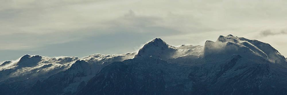 flawy mount peak II by AugenWerk Susann Serfezi